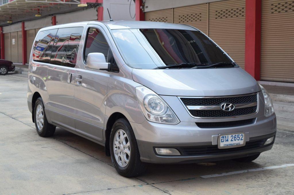รถตู้ Hyundai H-1 มือสอง